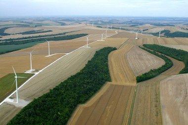 Les députés redonnent des ailes à l'énergie éolienne