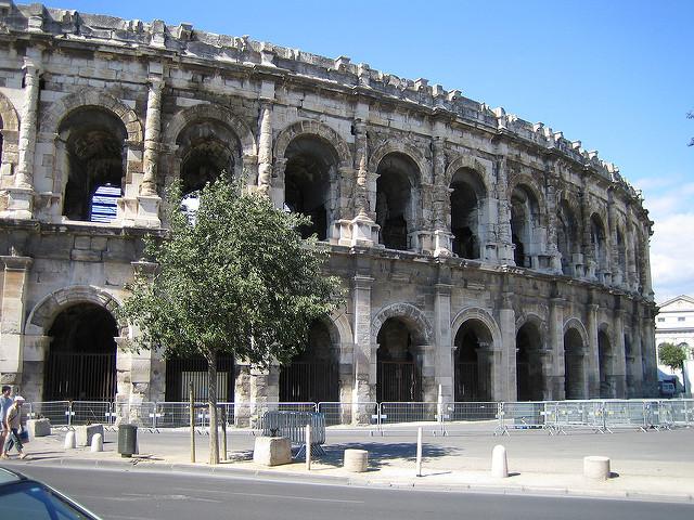 Dette toxique : des élus de Nîmes métropole saisissent le tribunal administratif