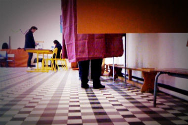 vote-election-UNE