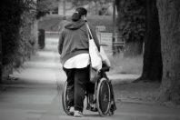Handicap-aide-accompagnant UNE
