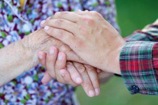 Protection-tutelle-personne âgée-senior-UNE