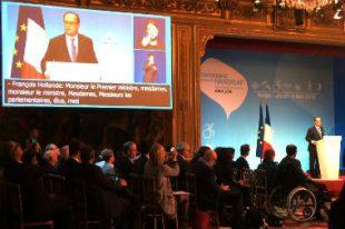Hollande-CNH2016-UNE