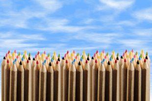 crayons-mixité sociale-école-UNE