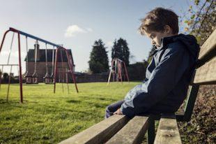 absenteisme-decrochage-scolaire-UNE