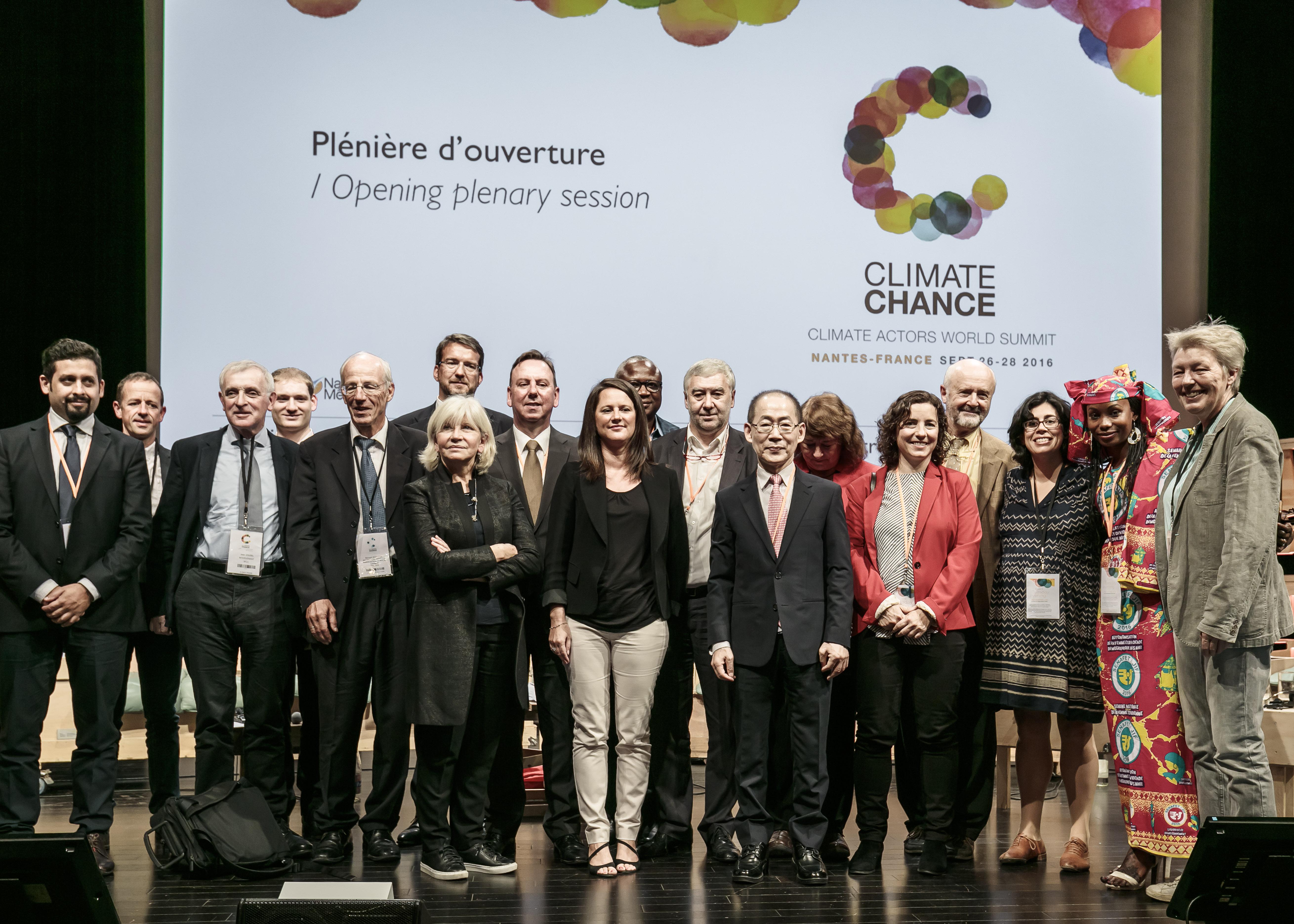 Climat : à la veille de la COP 22, il faut «des actes»