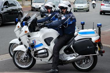 Agent de police municipale recrutement carri re - Grille indiciaire salaire police municipale ...