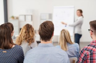 formation-travail_social-UNE