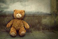 délaissement parental-abandon enfant-UNE