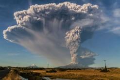 Ceci n'est pas un volcan d'Auvergne. (Volcan Calbuco, Chili, photo prise le 24 avril 2015)