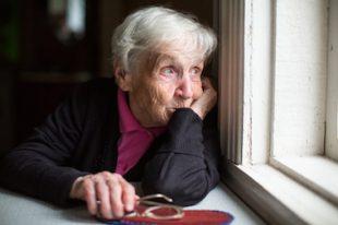Personne âgée-Senior-UNE