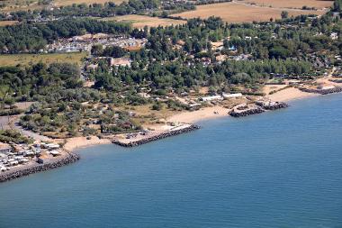 Première opération de relocalisation pour faire face à l'érosion marine