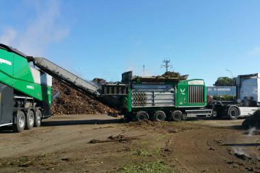 En Dordogne, on traite et on valorise les déchets verts en régie