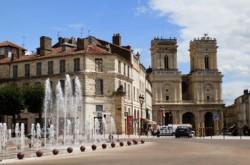Le centre-ville d'Auch, dans le Gers.