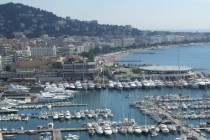 Cannes_-_port_et_croisette  credit Christophe.Finot-Wikipedia