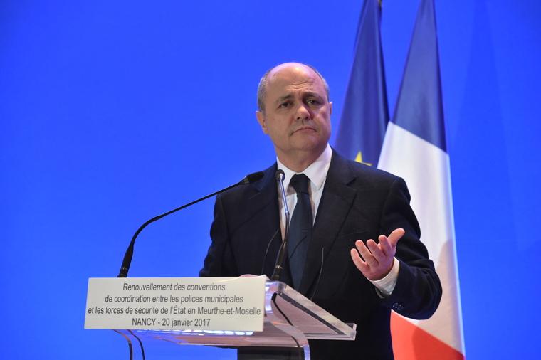 Police municipale : Bruno Le Roux se dit prêt au débat