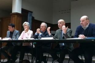 Les membres du collectifs Alerte présentent leurs propositions aux candidats à la présidentielle 2017.
