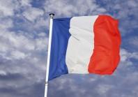 Chez les fonctionnaires, Emmanuel Macron et Marine Le Pen font la course en tête