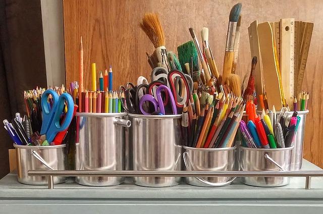 640 EAC art supplies