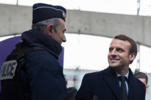 emmanuel-macron-police-nationale-securite-policier