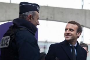 emmanuel-macron-police-nationale-securite-policier