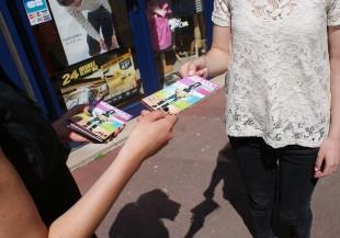 prospectus flyer tract rue