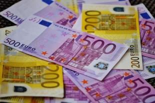 Le Salaire A L Etat Atteint 2 505 Euros Nets Mensuels En Moyenne