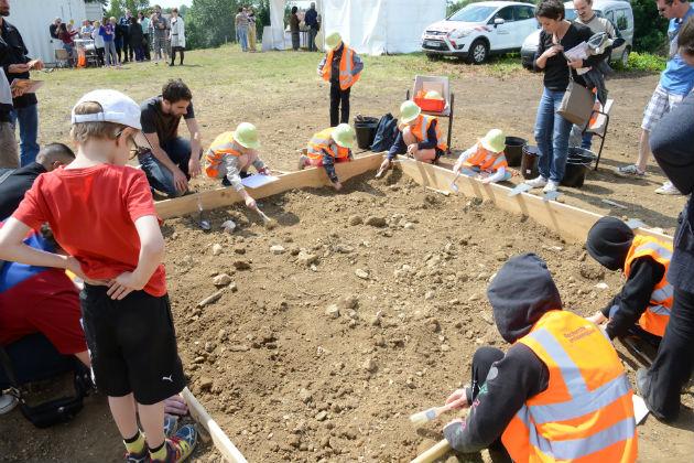 Chantiers de fouilles pour les enfants à St Dizier JNA 2015  ©Eric Colin Ville de St Dizier