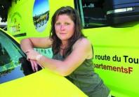 Justine Cannesan, une agente des routes sur la Grande Boucle