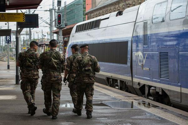 Plan Vigipirate en gare de Strasbourg 19 aout 2013