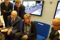 Elisabeth Borne, ministre des Transports, et Louis Nègre, président du Gart lors d'un point presse.