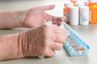 médicaments-UNE