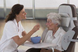 Repas maison de retraite-UNE