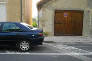 voiture stationnement garage