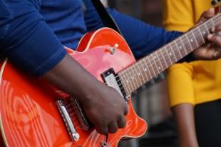 640 CC0 VIA PXHERE rock-music-guitar-acoustic-guitar-concert-band-554096-pxhere