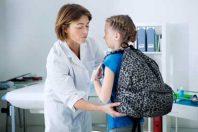 Enfance-PMI-infirmière-élève-UNE