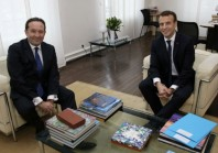 Grand Paris : Emmanuel Macron veut prendre le temps de la réflexion