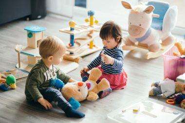 Petite enfance : le plan de formation enfin sur les rails