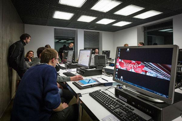 Médiathèque André Malraux de Strasbourg, ©Claude Truong-Ngoc CC BY SA 3.0