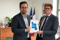 Mounir Mahjoubi, secrétaire d'Etat au numérique, et Henri Verdier, AGD et Dinsic