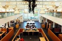 la bibliothque universitaire situŽe sur le Campus, au Creusot