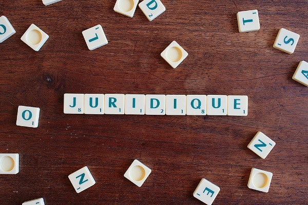 Juridique - Une
