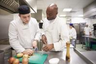 Les apprentis sont notamment recherchés pour occuper des postes de cuisinier