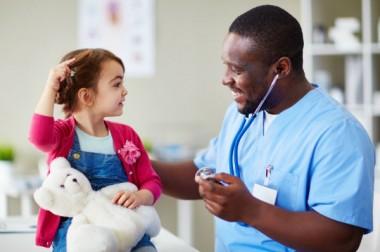 Déserts médicaux : des propositions pour améliorer l'accès à la pédiatrie en ville