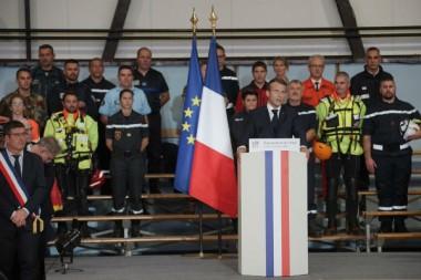 Macron Aude inondations pompiers