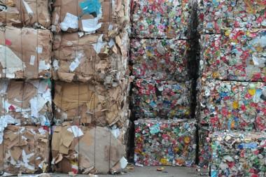 Recyclage_dechets_zerodechets_economiecirculaire_AdobeStock_94482592