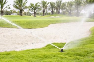 golf_arrosage_irrigation_AdobeStock_90594393
