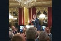 macron-elysee-maires-2018-une