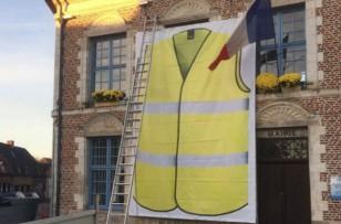 Les mairies à l'épreuve de la fièvre jaune