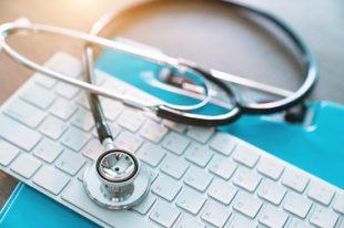 Stethoscope santé clavier ordinateur