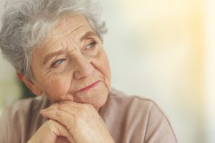 senior femme personne âgée